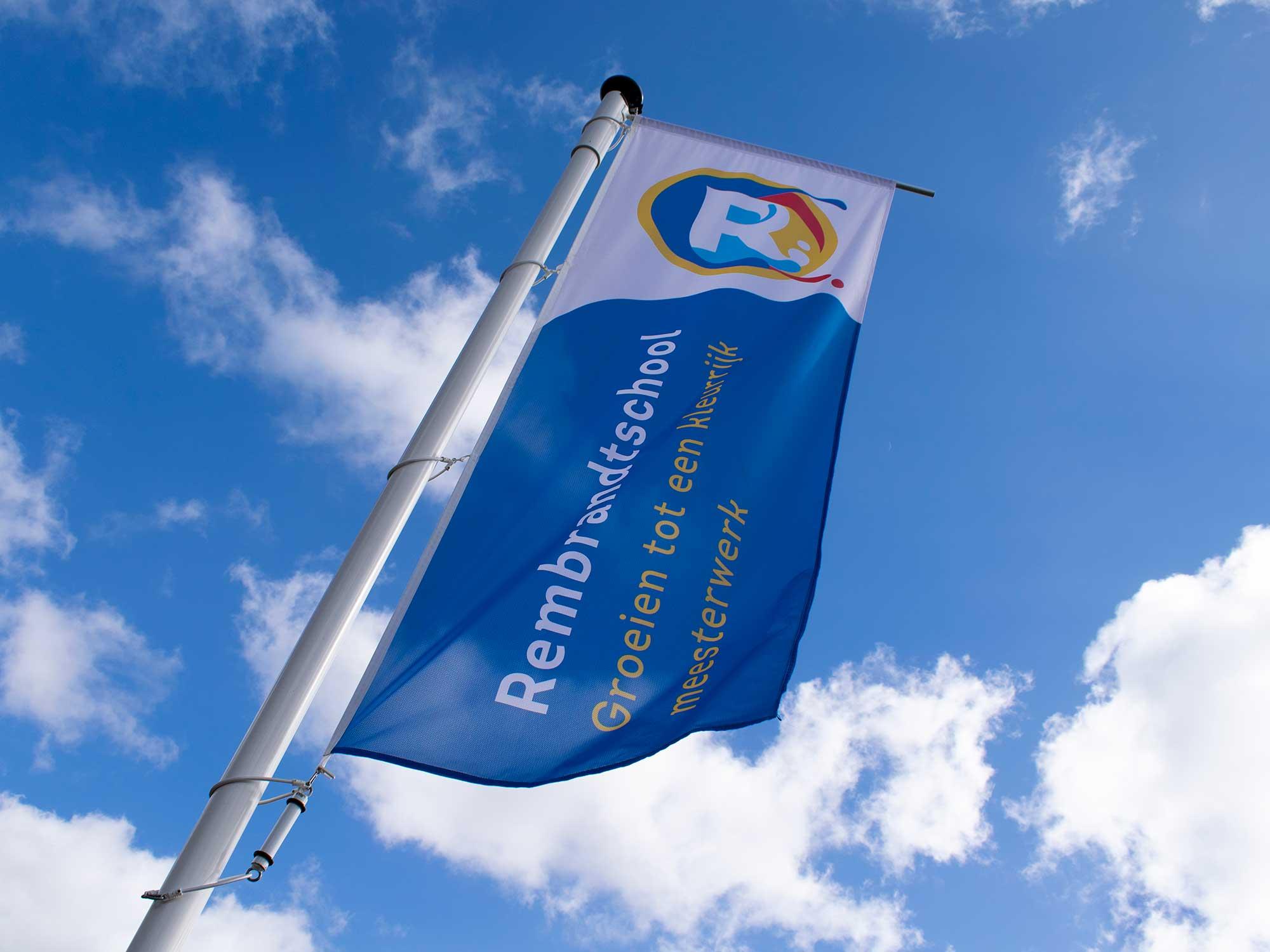 Impulsar scuolaRembrandt bandiera